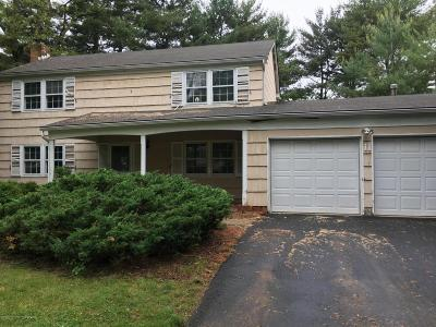 Manalapan Single Family Home For Sale: 11 Edwards Lane