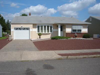 Silveridge N Adult Community For Sale: 21 Mapleton Road