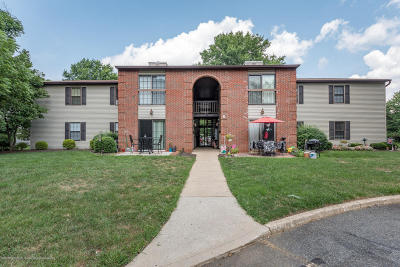 Freehold NJ Condo/Townhouse For Sale: $174,900