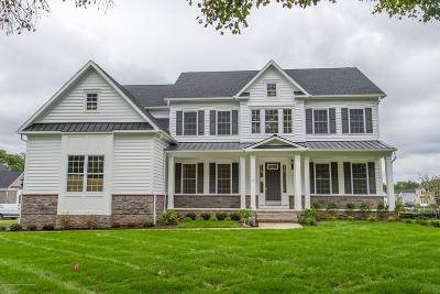 Middletown Single Family Home For Sale: 2 Runyon Road