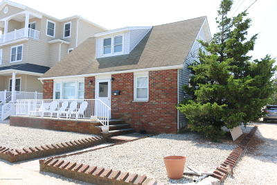 Seaside Heights Single Family Home For Sale: 21 6th Avenue