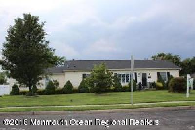 Long Branch, Monmouth Beach, Oceanport Single Family Home For Sale: 64 Bridgewaters Drive