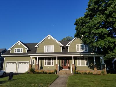 Single Family Home For Sale: 25 Columbus Drive