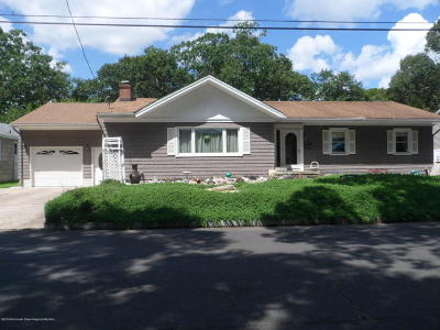 Point Pleasant Single Family Home Under Contract: 305 Oak Road