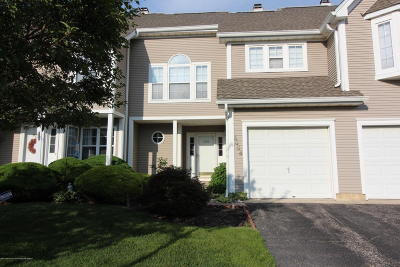 Toms River Condo/Townhouse For Sale: 5006 Trotters Way