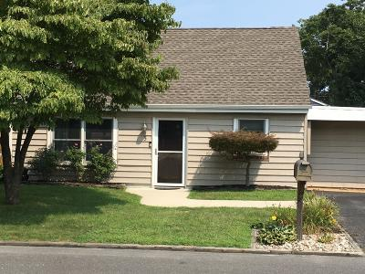 Toms River Single Family Home For Sale: 5 Bay Terrace