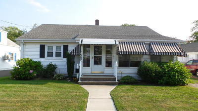 Point Pleasant Single Family Home Under Contract: 104 Niblick Street