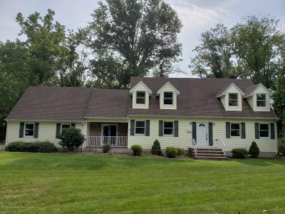 Freehold Single Family Home For Sale: 64 Dutch Lane Road