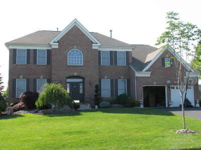 Single Family Home For Sale: 64 Rutgers Way