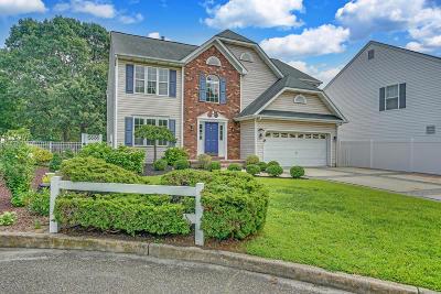 Point Pleasant Single Family Home For Sale: 1020 Del Dor Drive