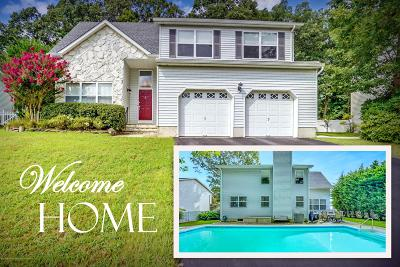 Howell Single Family Home For Sale: 105 Moses Milch Drive