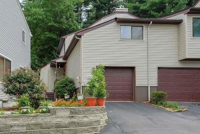 Middletown Condo/Townhouse For Sale: 25 Pennybrook Lane