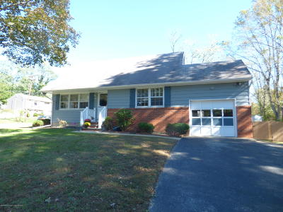 Neptune Township NJ Single Family Home For Sale: $339,900