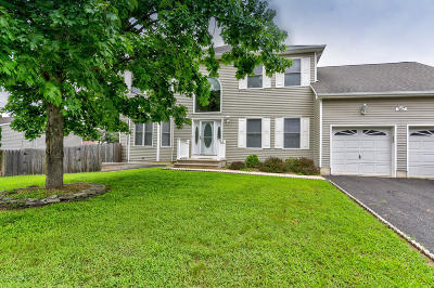 Brick Single Family Home For Sale: 367 Dogwood Drive