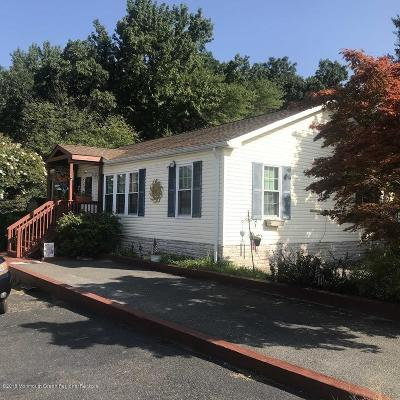 Howell Single Family Home Under Contract: 14 Ruffian Way