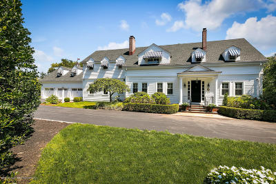 Rumson Single Family Home For Sale: 65 Navesink Avenue