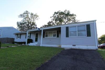 Brick Single Family Home For Sale: 526 Silverton Road