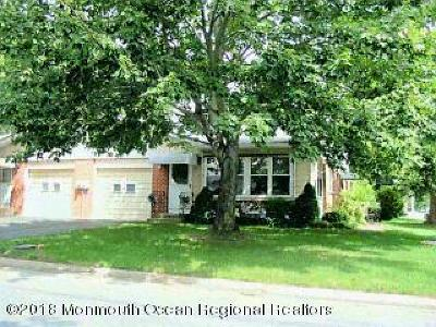Whiting NJ Adult Community For Sale: $114,000