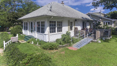 Neptune City Single Family Home For Sale: 144 Woodland Avenue