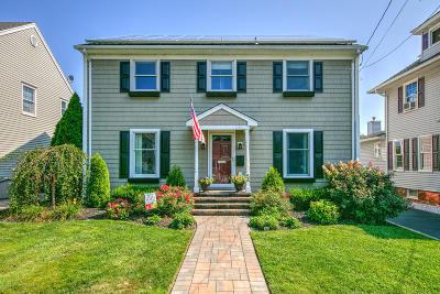 Avon-by-the-sea, Belmar, Bradley Beach, Brielle, Manasquan, Spring Lake, Spring Lake Heights Single Family Home For Sale: 54 Curtis Avenue