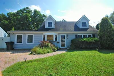 Hazlet Single Family Home For Sale: 40 Appleton Drive