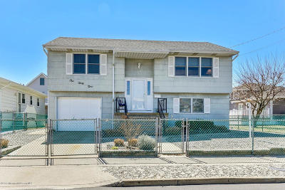 Seaside Park Single Family Home For Sale: 139 Lafayette Avenue