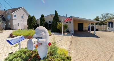 Toms River Single Family Home Continue To Show: 317 Silver Lagoon Drive