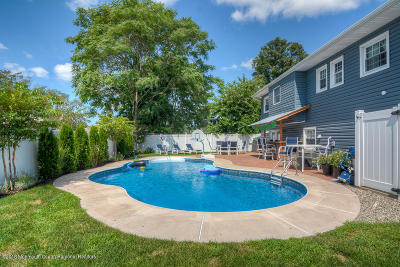 Point Pleasant Single Family Home For Sale: 2344 Cardinal Drive