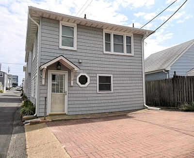 Lavallette Single Family Home For Sale: 27 E Shore Way