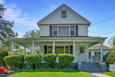 Eatontown NJ Single Family Home Under Contract: $447,000
