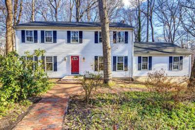 Middletown Single Family Home For Sale: 164 Red Hill Road