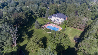 Monmouth County Single Family Home For Sale: 7 Orchard Lane