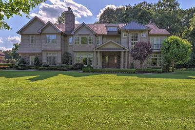 Colts Neck Single Family Home For Sale: 23 Pilgrim Way
