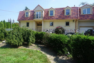 Long Branch, Monmouth Beach, Oceanport Single Family Home For Sale: 1139 Lincoln Square
