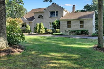 Freehold NJ Single Family Home Under Contract: $665,000
