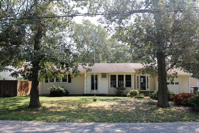 Brick Single Family Home For Sale: 49 Hollycrest Drive