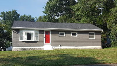 Manchester Single Family Home For Sale: 301 Green Acres Road