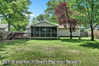 Manchester Single Family Home For Sale: 2549 Holly Hill Road