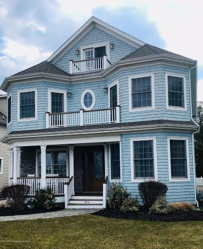 Monmouth County Single Family Home For Sale: 302 Beacon Boulevard
