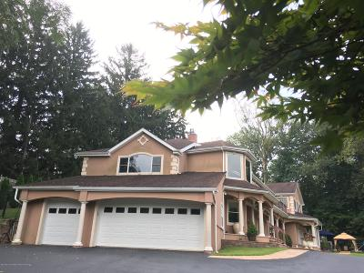 Freehold NJ Single Family Home For Sale: $999,000