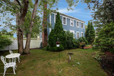 Brick Single Family Home Under Contract: 51 Holly Court