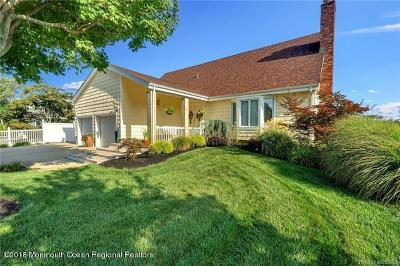 Toms River Single Family Home For Sale: 310 Cambourne Drive