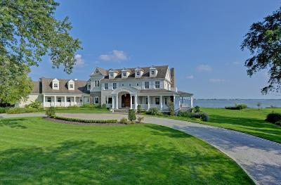 Rumson Single Family Home For Sale: 21 Heathcliff Road