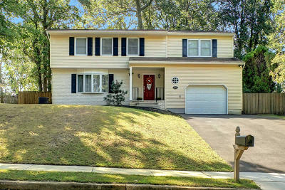 Toms River Single Family Home For Sale: 935 Tunesbrook Drive