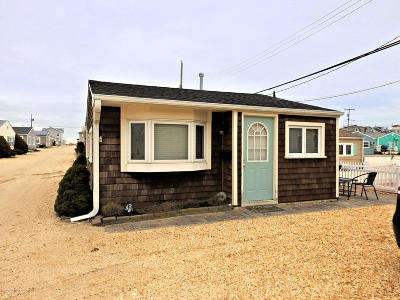 Lavallette Single Family Home For Sale: 29 E Plover Way