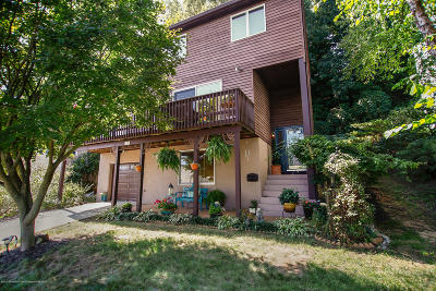 Atlantic Highlands, Highlands Single Family Home For Sale: 235 Shore Drive Drive