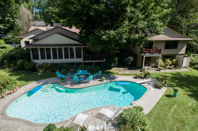 Rumson Single Family Home For Sale: 2 Brookside Drive