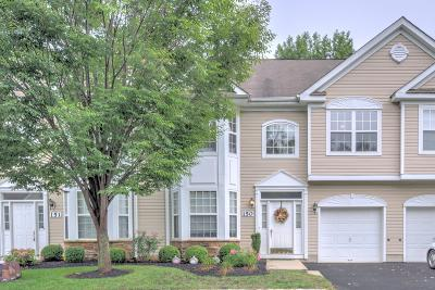 Manalapan Townhouse For Sale: 150 Shinnecock Drive