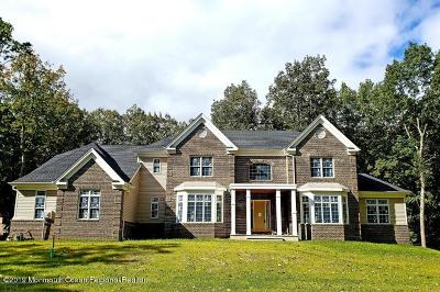 Holmdel Single Family Home For Sale: 60 Middletown Road