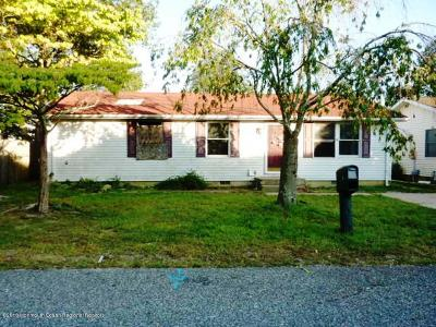 Brick Single Family Home For Sale: 3 Spark Drive